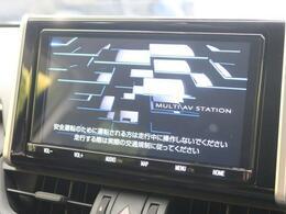 【純正9型SDナビ】CD・DVD再生・フルセグTV視聴可能で、SDミュージックサーバーも搭載なのでSDカード挿入で音楽の録音もできます!!はめ込み式で車内との一体感もあります♪