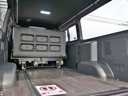 REVOシートはロングスライドレールが付いており前後移動が可能です!