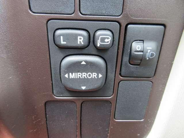 電格ミラー搭載!ボタン一つで簡単操作可能♪◇◆お車の詳しい状態やサービス内容、支払プランなどご不明な点やご質問が御座いましたらお気軽にご連絡下さい。【無料】0066-9711-101897