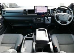 未登録新車 ハイエースワイドV スーパーGL 特別仕様車『ダークプライムII』 2800cc ディーゼル 2WD 両側パワースライドア付き