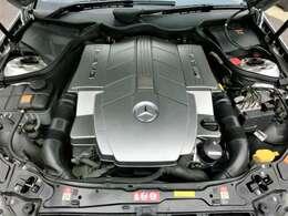 V8 5.4リッター AMGエンジン
