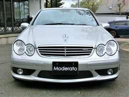 内装、外装、機関共にコンディションの良いお車です。