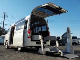 トヨタ レジアスエース 2.0 ウェルキャブ Bタイプ ロング ルーフサイドウインドゥ付 車いす2脚仕様 Bカメラ