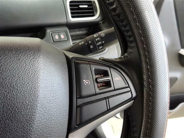 ■ 装備2 ■ オートクルーズコントロールシステム オートライト