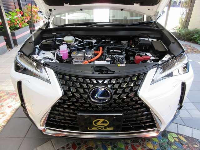 LEXUS(TOYOTA)社の初となる量産型FCEV/燃料電池車となります。電気自動車としては後発となるトヨタ製は、先行する各自動車メーカーの良いとこ取りを目指しています。「さすがトヨタ!」と言って頂ける仕上がりです。