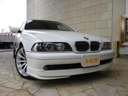 BMW 5シリーズ 525i インディビジュアル サンルーフ 黒革シート