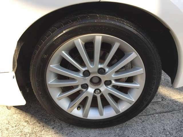 タイヤの溝も6山分程残っております!