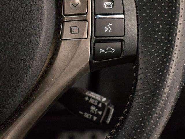 レーダークルーズ装備!設定した速度で車間距離を保ちながら追従走行できます!高速道路ではアクセル踏まずのドライブが可能です!