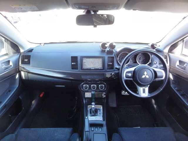 ユーザー様買取&ダイレクト販売のカーミニークです!安心のCAR3219EGS保障プランを準備してお客様のご来店をお待ちしております。