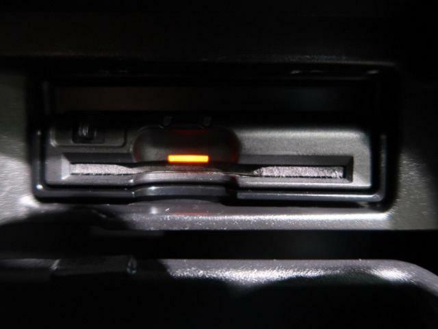 ビルトインETCを装備!ETC装備車輌。ビルトインだと見た目もスッキリです♪