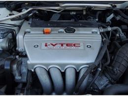 エンジンは2000cc(155ps)、水冷直列4気筒i-VTECを搭載