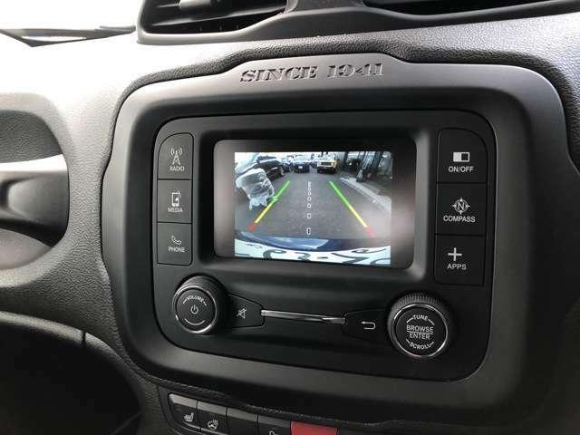 バックカメラも装備されております!Bluetooth接続でハンズフリー通話が可能です!