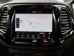 ●JEEP純正ナビ:高級感のある車内を演出させるナビです!画面を直接タッチしてお使い頂くタイプなので難しい操作もなく簡単にお使いいただけます♪