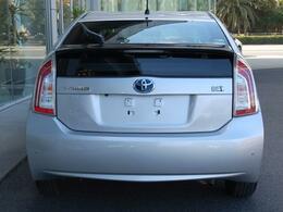 お買得車プリウスまたまた入荷しました・純正SDナビTV&バックモニター&ビルトインETC付きです・詳細はHPをご覧下さい!