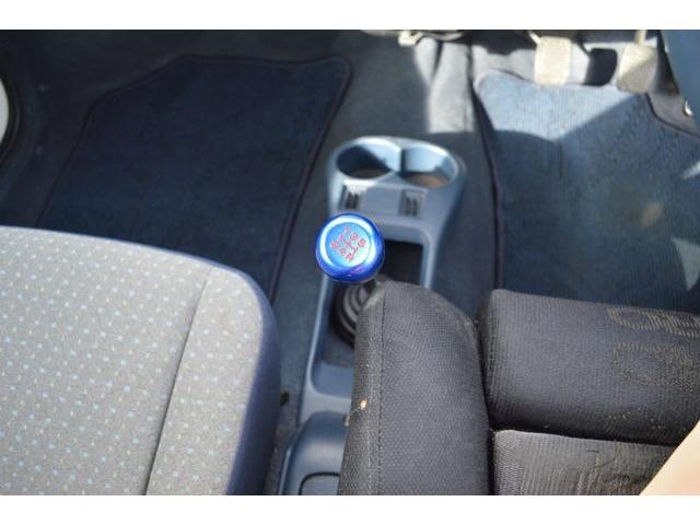 中部運輸局指定の自社整備工場にて、厳しくチェックされた車両のみ展示販売しています。安心・安全のお車をあなたの目でご覧になって下さい!