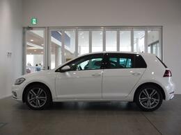 """中古車の購入に関するさまざまなリスクを最小限にし、きめ細かな保証サービスで、オーナーライフをしっかりとサポートします。1台1台、お客様の期待に応え、満足していただけるのが、""""Das WeltAuto""""です。"""