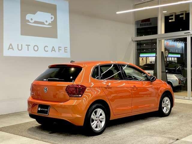 【LEDヘッドライト】や【キーレスアクセス】に加え、【ディスカバープロ】を装備した特別仕様車のポロ。