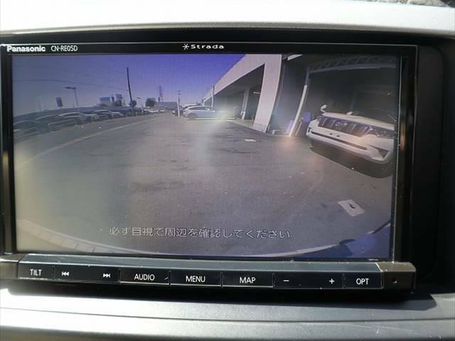 本格SUVハイラックサーフのインテリアはシンプルに使いやすく配置されたつくりになっております。また、サーフならではの視野の良さは是非一度体感して頂きたいです☆