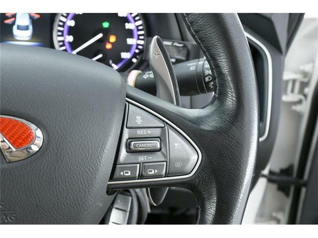 衝突軽減ブレーキに車線逸脱防止、後側方検知にレーダークルーズと人気の安全装備も充実の1台です。