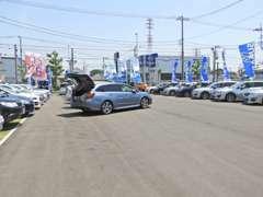 お買い得なレヴォーグ、レガシィ、インプレッサ、フォレスター、人気のアイサイト付きの車両も多数入荷しております。
