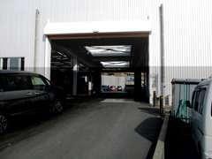 隣接のサ-ビス工場で、アフタ-フォロ-も充実