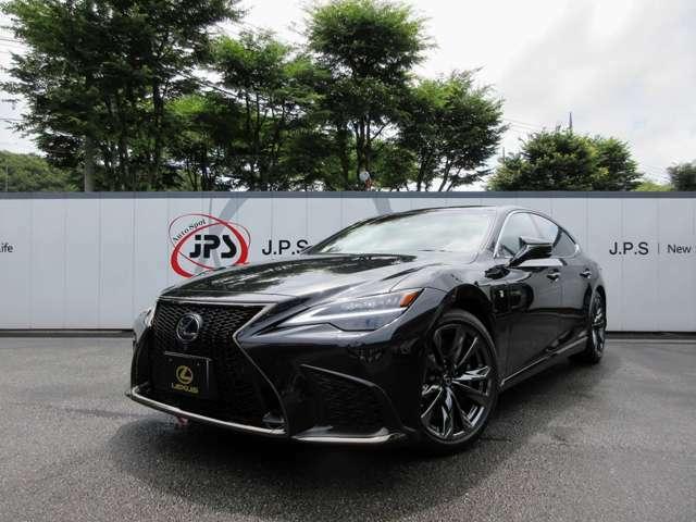 基本性能の全てを磨き上げ、静粛性と乗り心地はさらなる高みへ!日本が世界に誇る「威風堂々と頂きに聳え立つフラッグシップ」!主張する存在感と異次元スポーツドライビングを是非ご自身でお確かめ下さい。