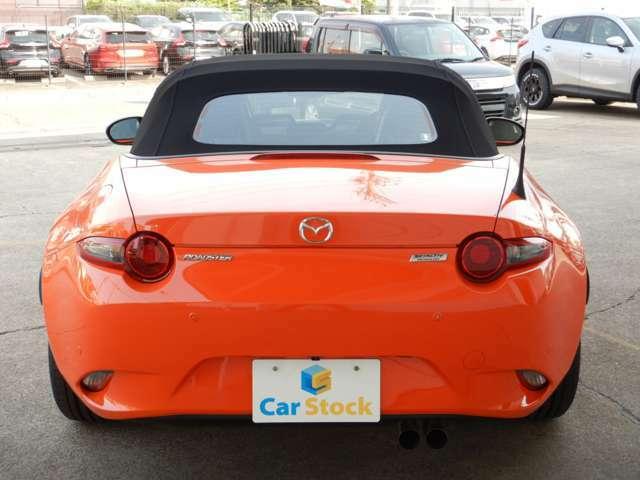30周年記念車は専用カラーのレーシングオレンジとなっております!!