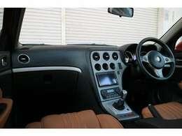 内装のコンディションもとても良く、装備たっぷりです♪こちらではご紹介しきれない程の装備が御座いますので、ぜひ現車確認にお越しください☆