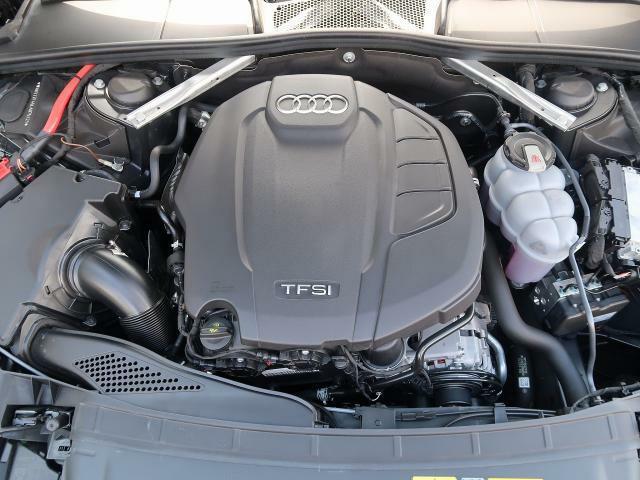 ●45TFSI QUATTROエンジン『入庫時の状態もとても良く、エンジン機関も良好!ぜひ一度現車を御覧下さい!他にも多数の在庫を展示!』