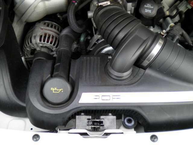 エンジンは水冷フラットシックス3.8Lです。走行距離は僅か21000キロメートルです。お問い合わせは全国フリーダイヤル0066-9711-094846までお気軽にお問い合わせくださいませ。