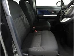 運転席、助手席にもシートヒーター付いています。