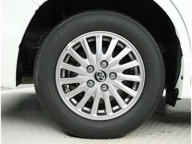 タイヤは『目に見える任意保険』です。重要な部分ですよね☆新品タイヤのご購入もいかがでしょうか。タイヤも各種メーカー(ブリジストン、ヨコハマ、ダンロップ、グッドイヤー)お見積もりいたします!