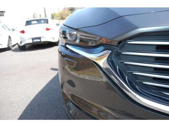 正規ディーラーならではの、安心の保証を全車にお付けしております。もちろん全国のマツダディーラーにて整備保証を受けられます。