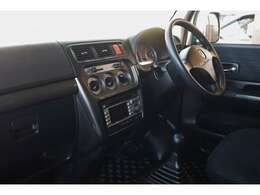 禁煙車 13インチアルミホイール 155・70・13 新車時保証書 メンテナンスノート 5速マニュアル キーレス プライバシーガラス AM/FMチューナー付CDプレーヤー+バックモニター