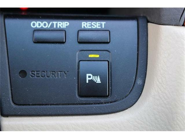 クリアランスソナー付きなので、障害物が車体に近づくとお知らせしてくれます♪巻き込み事故防止や衝突防止になりますね♪