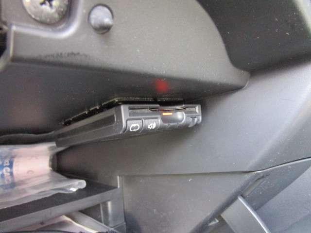 欠かせない装備のETCはグローブボックス内に有ります!