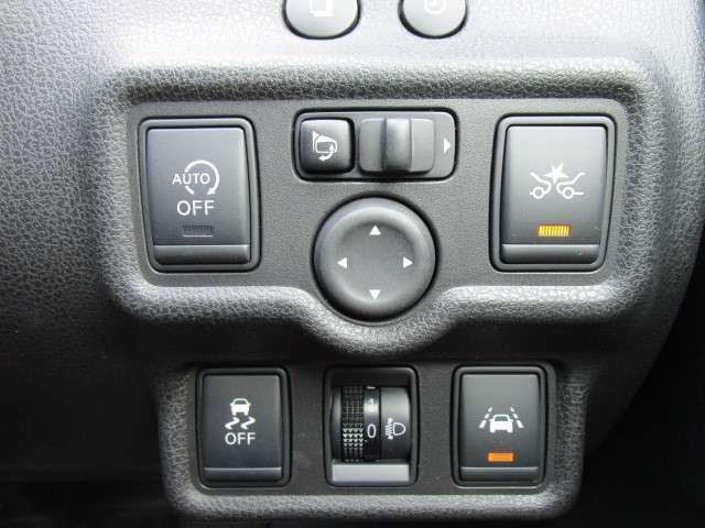 アイドリングストップに横滑り防止や衝突軽減ブレーキに車線逸脱警報など安心装備充実!