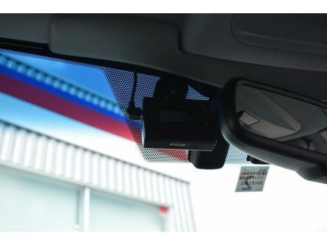 万が一の際も安心のドライブレコーダー