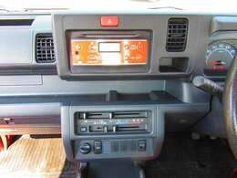 ★4WD・5MT・社外16アルミ・ローダウン・フロントスポイラー★ 当店全車試乗大歓迎です♪ ご来店前にご予約いただきましたらすぐに乗れるようご準備してお待ちしていますのでお気軽にお声掛け下さい♪