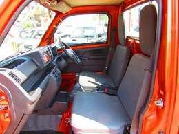 ★4WD・5MT・社外16アルミ・ローダウン・フロントスポイラー★ 当店お取引の有るディーラー様からの入庫車両になります。メンテナンス等しっかりされていますので程度の良い安心車両です。