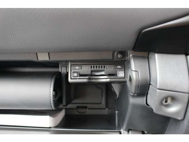 【ETC】純正ビルトインタイプ搭載です。見た目もスッキリ!ドライブには必需品です♪