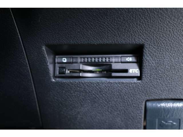 【ロングラン保証付】全国約5000カ所のトヨタテクノショップで保証修理が可能です。遠方のドライブや旅行先でも安心です。(ご本人による現車確認、店頭納車が必須となります)