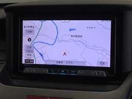 カロッツェリア製7インチナビ「AVIC-CZ900」です。Bluetooth・DVD再生・録音対応です。
