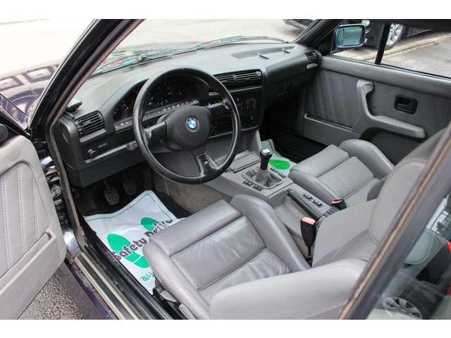 内装は全車丁寧にクリーニングしております。きれいな車両を是非一度見にいらしてくださいね☆