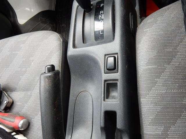 4WD 選択ボタン