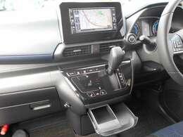 フルセグTV・CDチューナー機能付きナビゲーション搭載車です。バックカメラ機能もありますので、車庫入れも安心ですね。