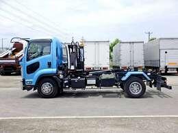 車両総重量7985kg 最大積載量3600kg