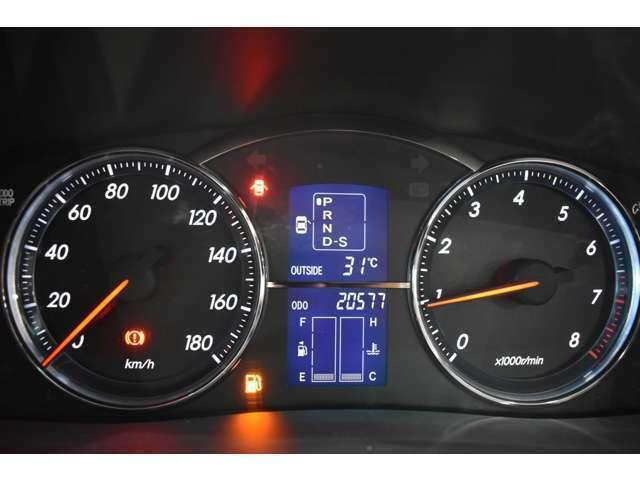 実走行2万km!当社では、修復歴有車、メーター改ざん車は取り扱っておりません。全て実走行距離のお車になります ご安心してカーライフをお楽しみください!
