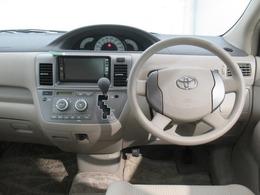 【ドライバー目線】 ドライバー目線のインパネ画像です。視界も確保されているので、見やすいですよ。ご来店の際には、ぜひ実際に座ってみてくださいね。