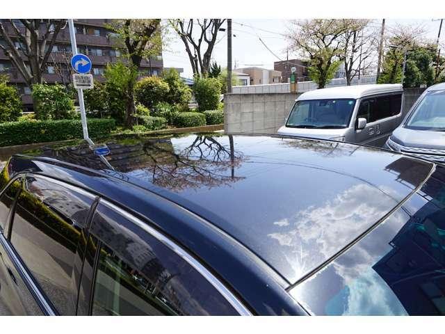 運転席は使用感がすぐにわかりますが、この車輛はキレイです。是非現車を見に来て下さい♪